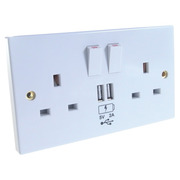 Connekt Gear 2 Way/Gang 13A UK Mains + 2 x USB Socket Faceplate